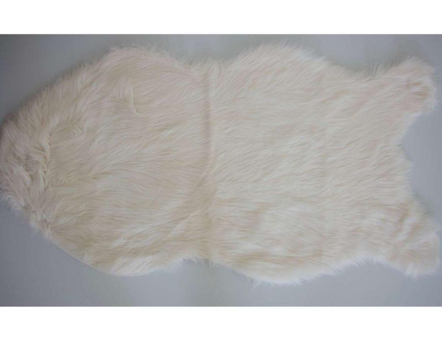 שטיח פרווה לבנה ונסה צורת חיה א סימטרית