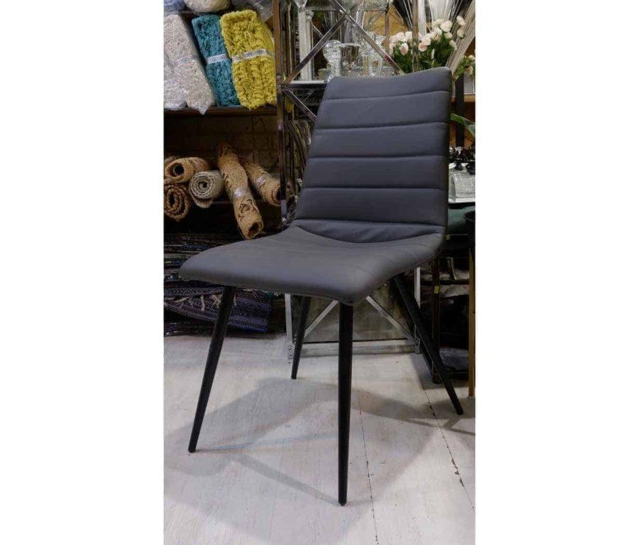 כיסא עור אפור לפינת אוכל