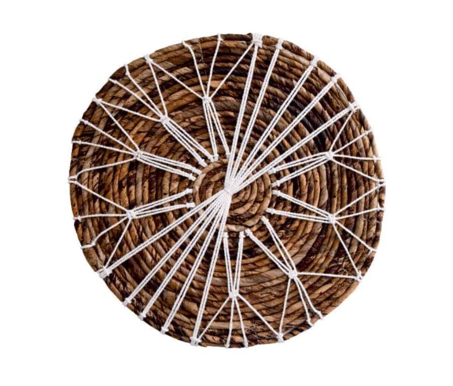 פלייסמנט עץ בוהו שיק בשילוב מקרמה