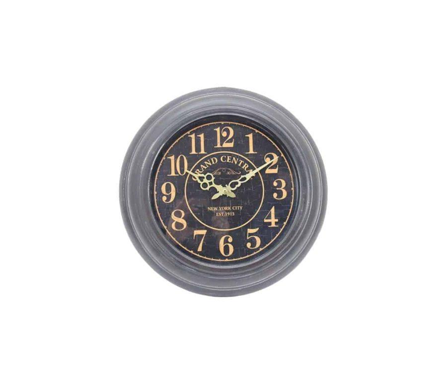שעון קיר גותי