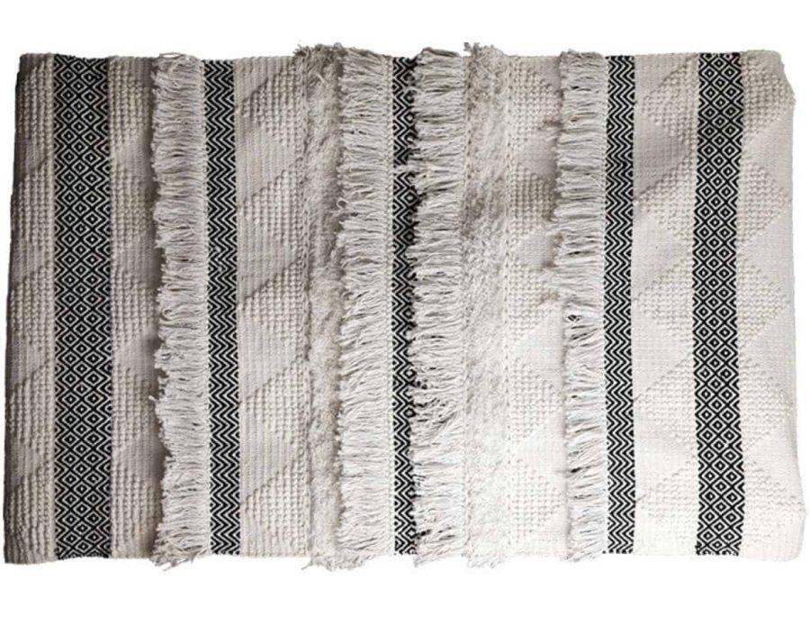 שטיח בוהו שיק כפרי בצבע שחור לבן עשוי כותנה משולב אריגה