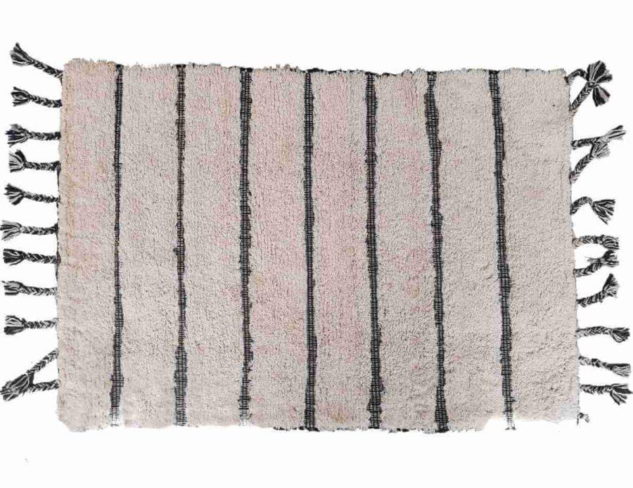 שטיח פרווה ברבר בסגנון בוהו