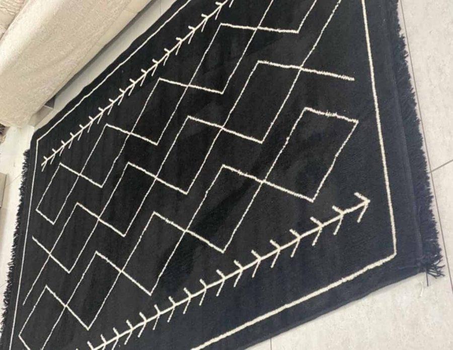 שטיח כותנה שחור עם מעויינים בסגנון בוהו שיק כפרי - מרקו פולו