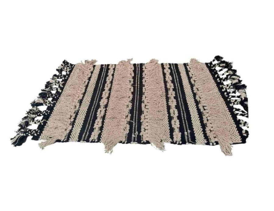 שטיח לסלון ולחדר השינה שקד בסגנון בוהו שיק