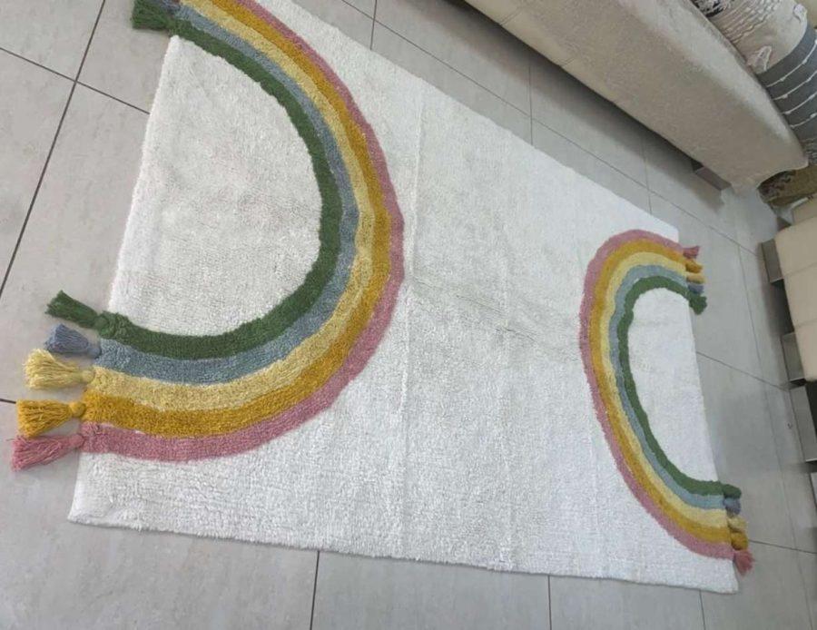 שטיח קשת צבעוני