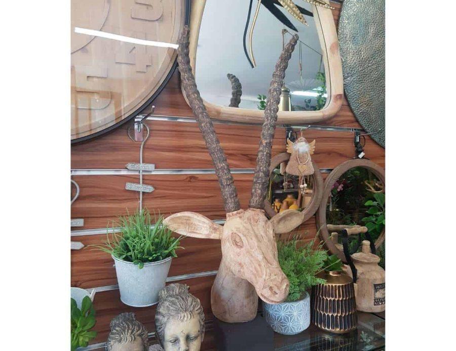 ראש צבי מגולף מעץ - חפצי נוי ודקורציה