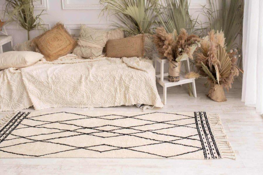 שטיח כותנה לסלון ולחדר השינה מעויינים לבן - שמנת תרשיש
