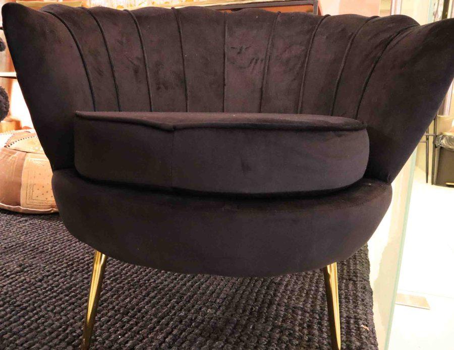 כורסא שחורה קטיפה לסלון צדף