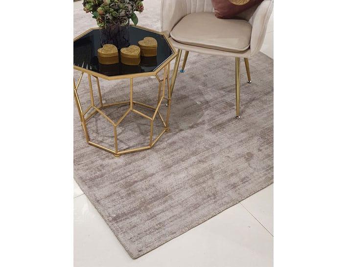 שטיח ויסקוזה לסלון בצבע אופוויט