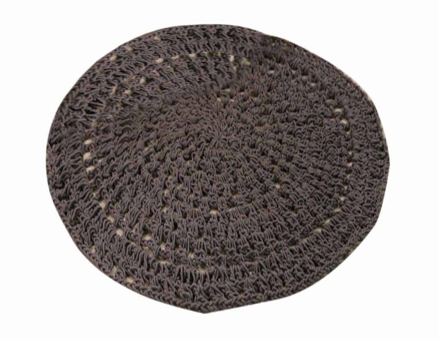 שטיח מקרמה סרוג אפור