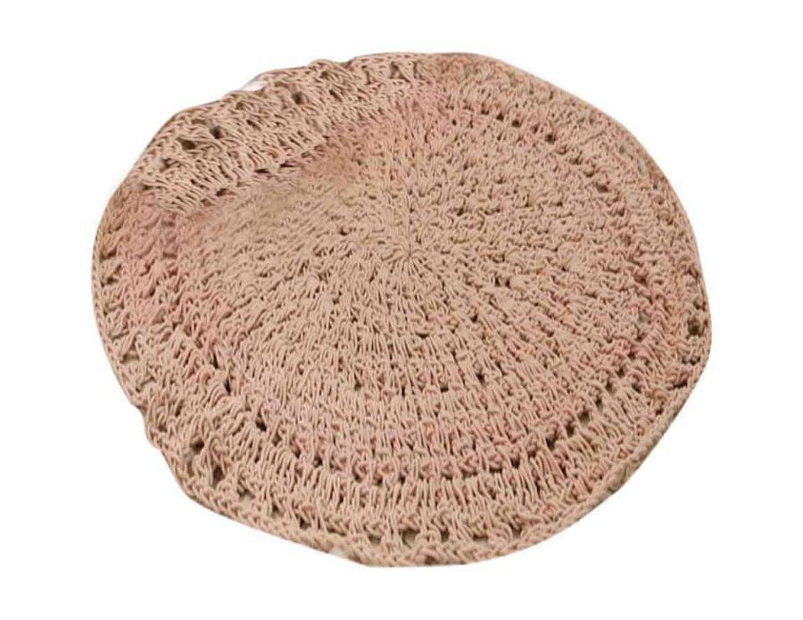 שטיח מקרמה סרוג ורוד
