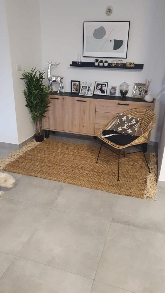 שטיח חבל עלמה עם פרנזים לבנים